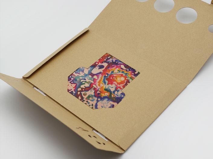 AOHPAのカードケースのパッケージ収納イメージ