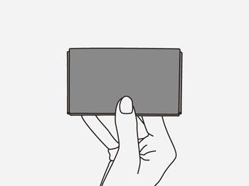 製品染めダークブラウン+ワックス仕上げ:カードケースを乾かす