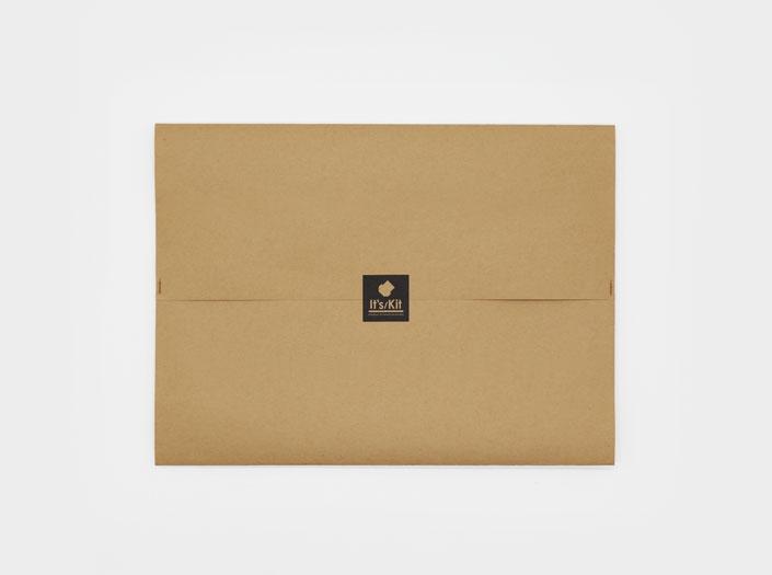 製品染めアンティークブラウン+ワックス仕上げ:札ケース(二つ折り財布)のエコパッケージ