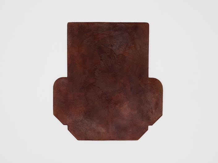 製品染めアンティークブラウン+ワックス仕上げ:カードケースの表面