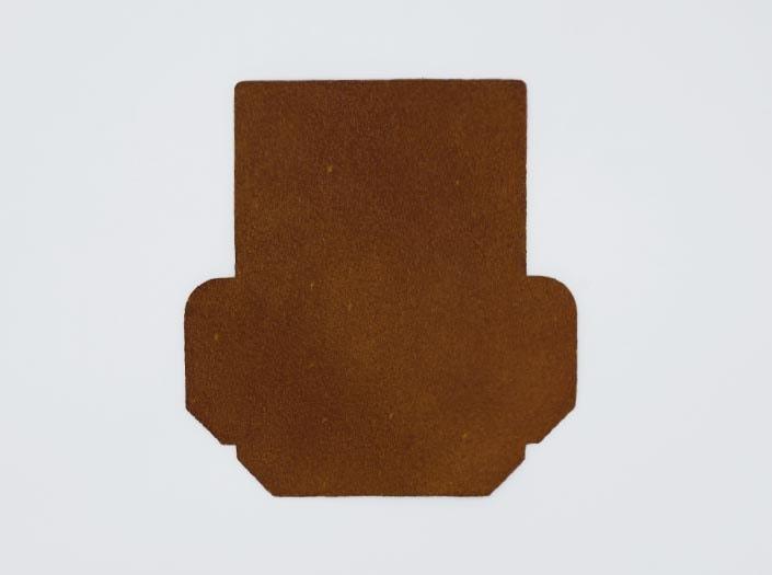 製品染めキャメルイエロー:カードケースの裏面