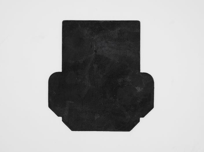 製品染めダークブラウン+ワックス仕上げ:カードケースの表面