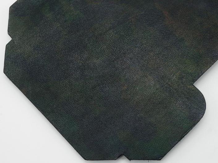 迷彩染めグリーン:カードケースのディテール