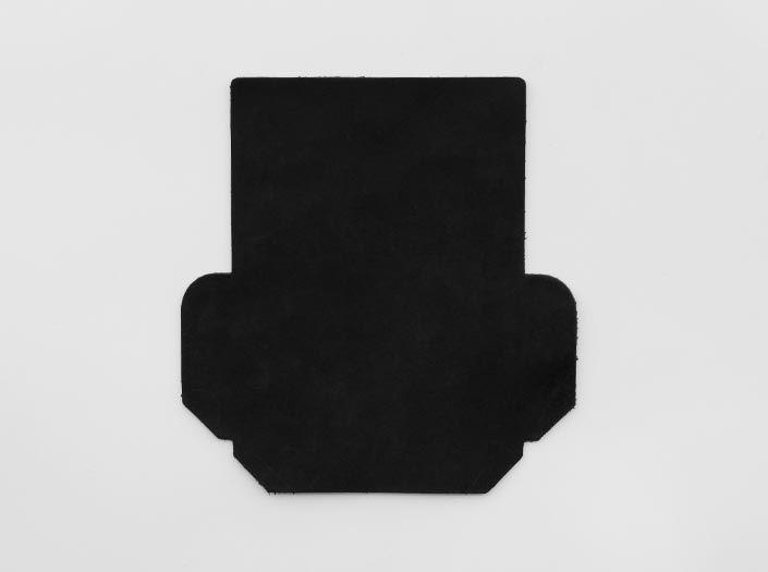 吟スリオイルワックスレザー×ブラック:カードケースの表面