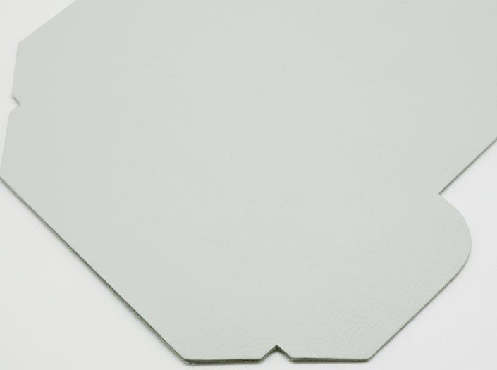 ホワイトレザー:カードケースのディテール