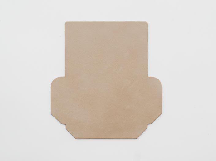ヌメ革タンロー:カードケースの表面