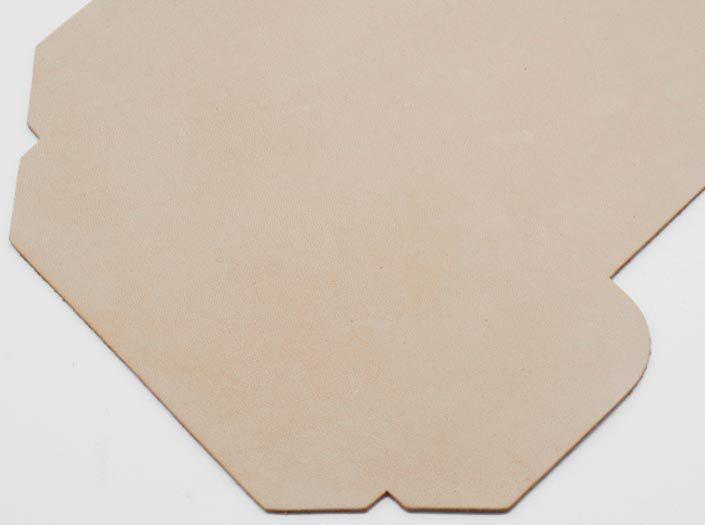 ヌメ革タンロー:カードケースのディテール
