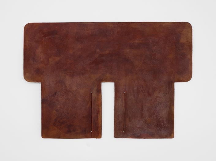 製品染めアンティークブラウン+ワックス仕上げ:札ケース(二つ折り財布)の表面