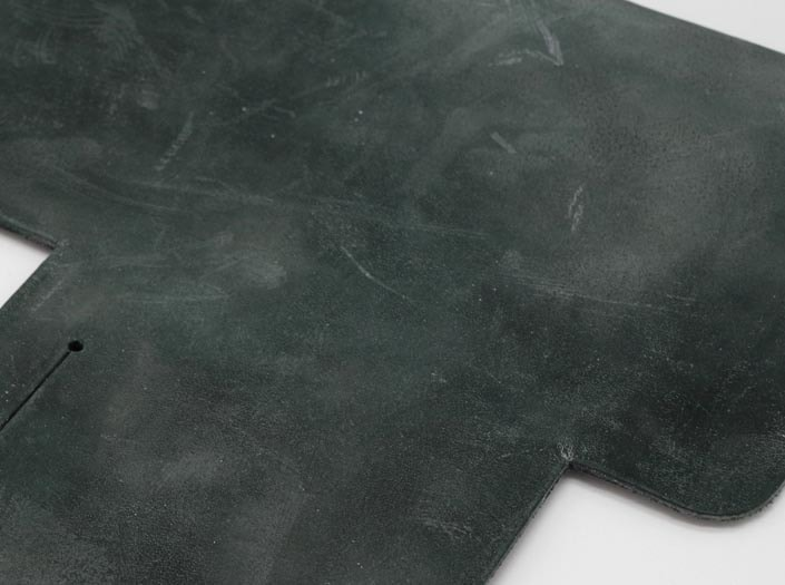 製品染めディープグリーン+ワックス仕上げ:札ケース(二つ折り財布)のディテール
