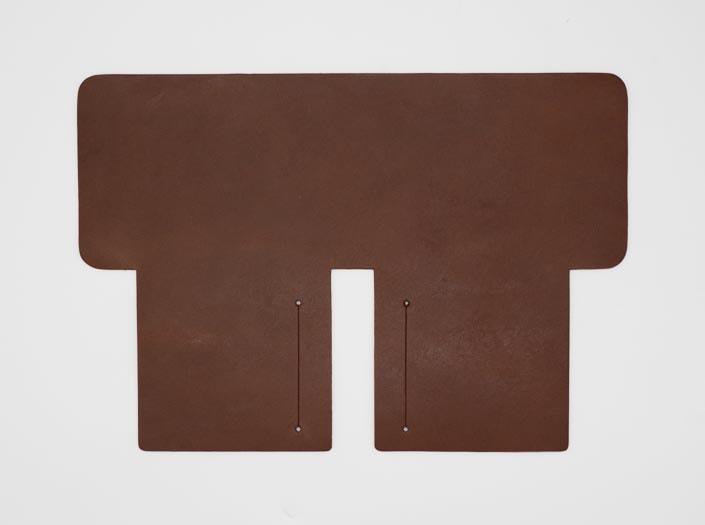 オイルド×ナチュラル:札ケース(二つ折り財布)の表面