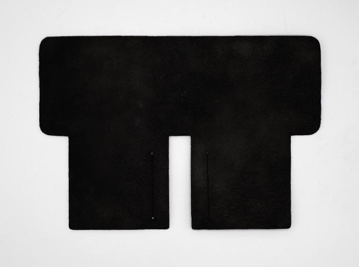 製品染めブラック:札ケース(二つ折り財布)の裏面