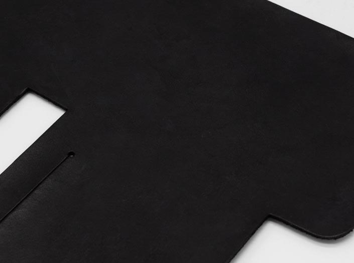 製品染めブラック:札ケース(二つ折り財布)のディテール