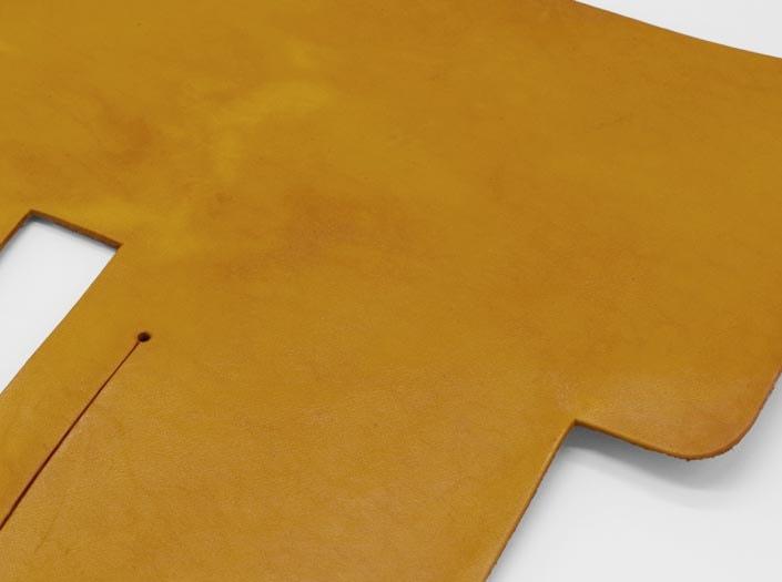 製品染めイエロー:札ケース(二つ折り財布)のディテール
