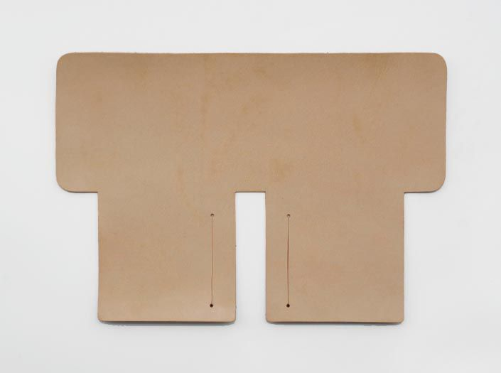 ハードレザー×ナチュラル:札ケース(二つ折り財布)の表面