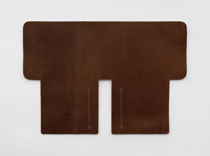 ハードレザー×ナチュラル:札ケース(二つ折り財布)の裏面