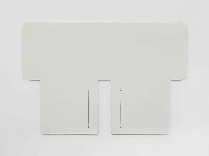 ホワイトレザー:札ケース(二つ折り財布)の表面