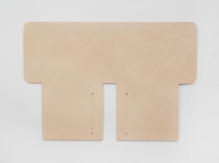 バッファローキップ×ナチュラル:札ケース(二つ折り財布)の表面