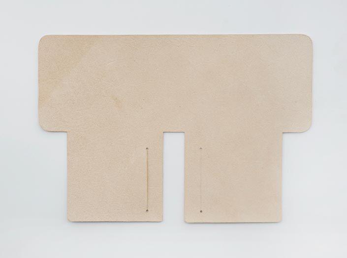 バッファローキップ×ナチュラル:札ケース(二つ折り財布)の裏面