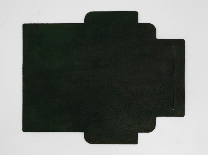 製品染めグリーン:札ケース(長財布)の裏面