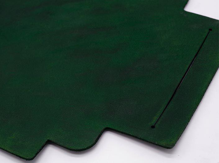 製品染めグリーン:札ケース(長財布)のディテール