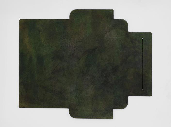 迷彩染めグリーン:札ケース(長財布)の表面