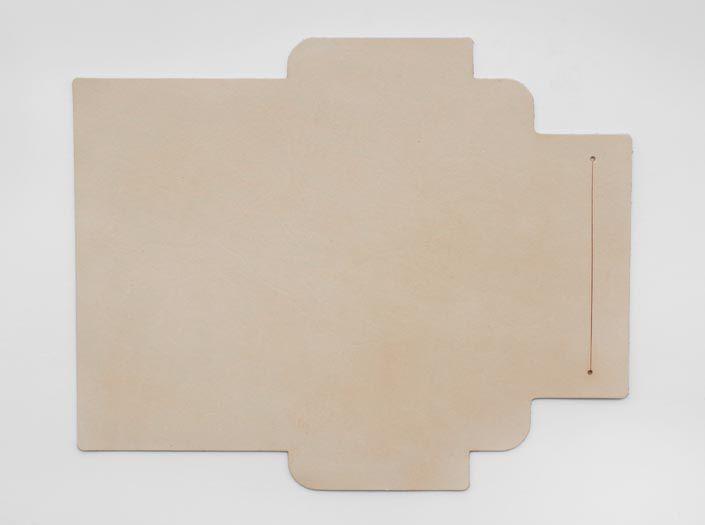 ヌメ革タンロー:札ケース(長財布)の表面