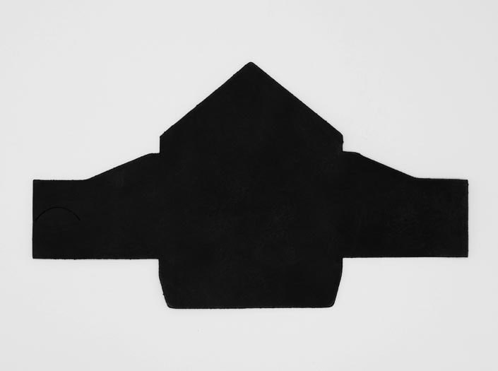 製品染めマットブラック:マルチケースの表面