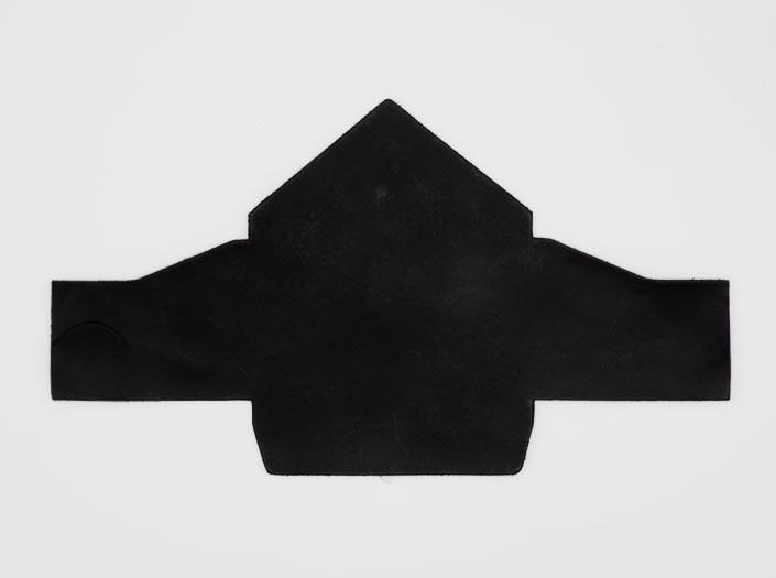 製品染めブラック:マルチケースの表面