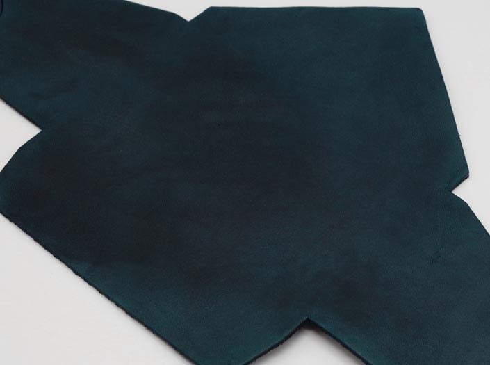 製品染めスペースブルー:マルチケースのディテール