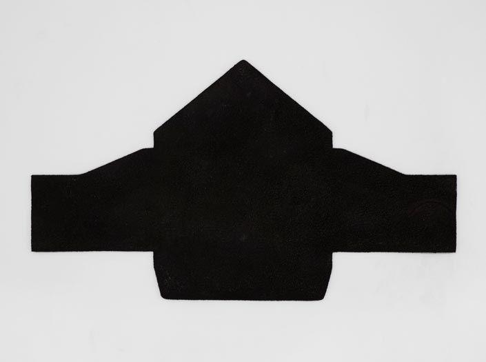 斑染めブラック:マルチケースの裏面