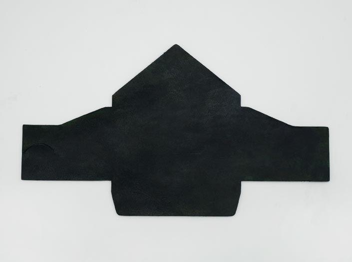 製品ムラ染めディープグリーン:マルチケースの表面