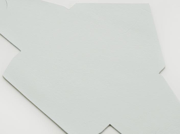 ホワイトレザー:マルチケースのディテール