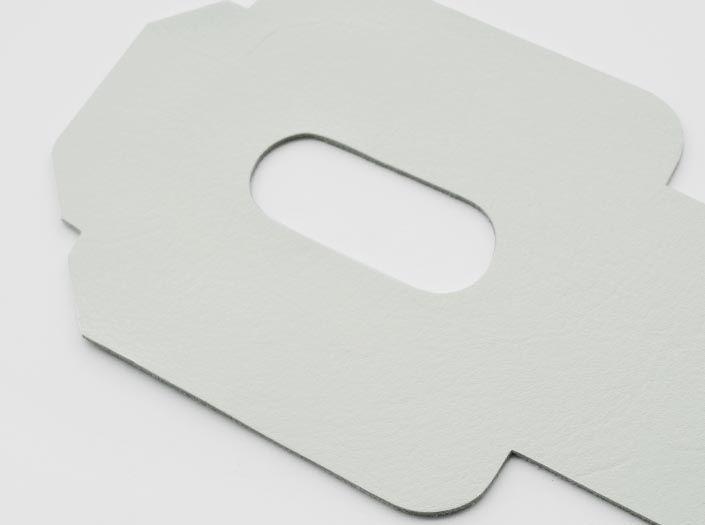 ホワイトレザー:パスケースのディテール