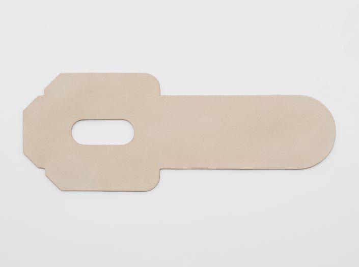 ヌメ革タンロー:パスケースの表面